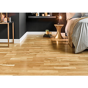 Wickes Bosque Real Wood Oak Veneer Flooring.