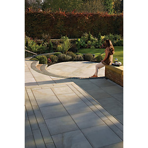Marshalls Fairstone Sawn Versuro Smooth Autumn Bronze Paving Patio Pack - 11.3 m2.