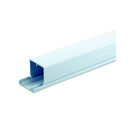 Cable Trunking Product : Wickes maxi trunking white mm m