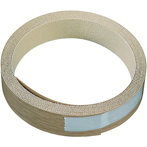 wickes iron on edging tape oak effect 19 x 2500mm wickes. Black Bedroom Furniture Sets. Home Design Ideas