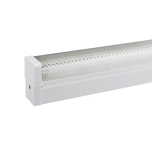 Sylvania 5ft Fluorescent Fitting With Tube & Diffuser
