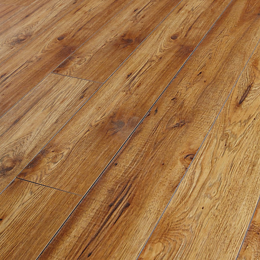 Kronospan chelsea hickory laminate flooring for Laminate flooring portland