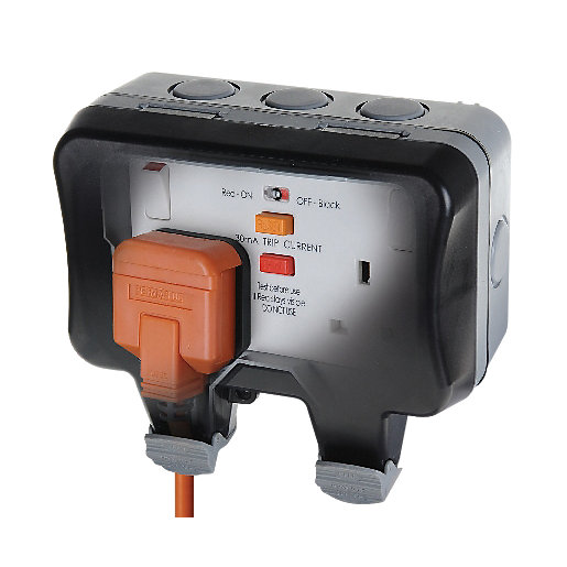 Masterplug Ip66 13a Twin Exterior Switched Rcd Socket