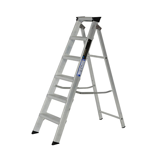 Youngman 6 Tread Industrial Builders Step Ladder Wickes