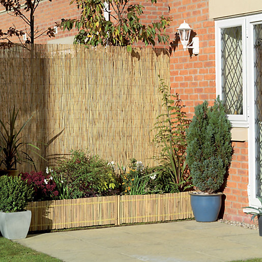 Wickes reed garden screening 1 x 4m for Screening walls for gardens