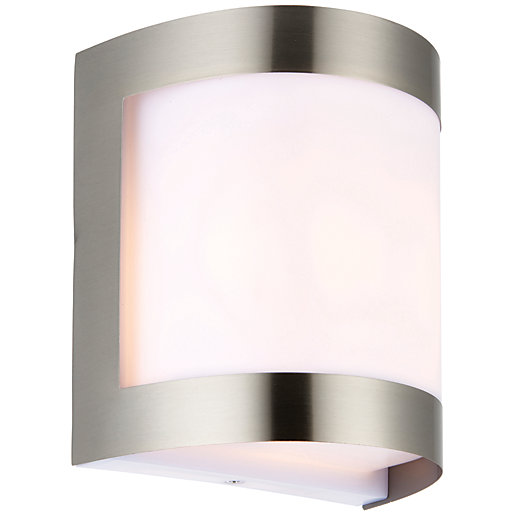 Wickes Dundee Exterior Brushed Chrome Wall Light - 60W Wickes.co.uk