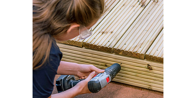 How to plan and lay a deck