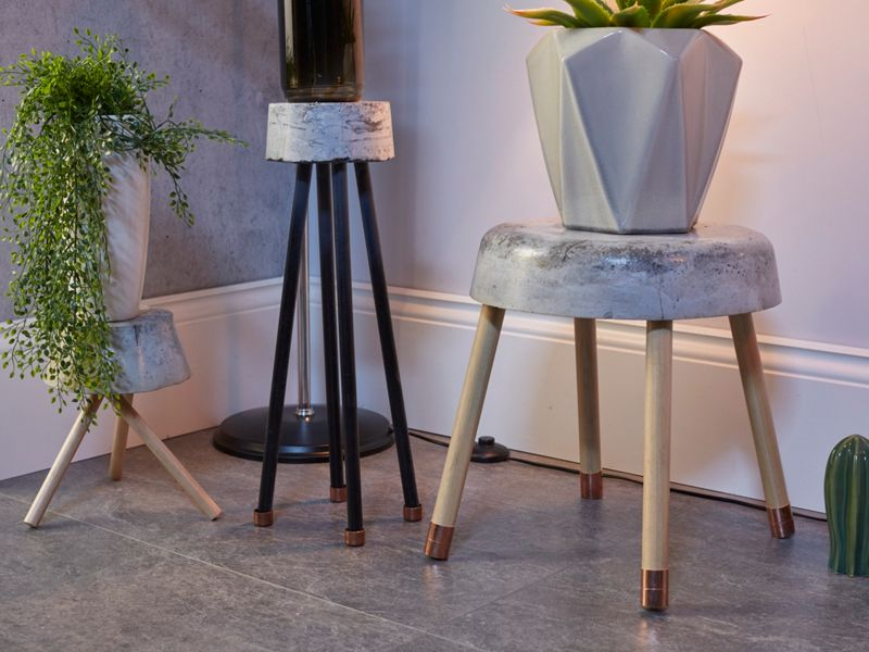 How to make a decorative concrete stool