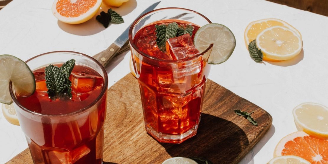 Blood orange and golden turmeric fizz