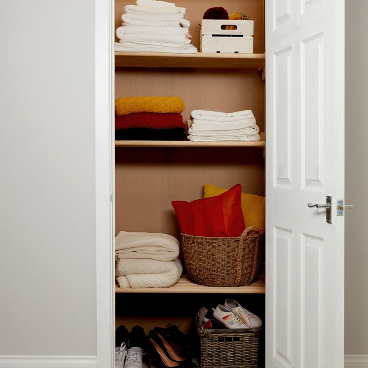 How to create airing cupboard shelving