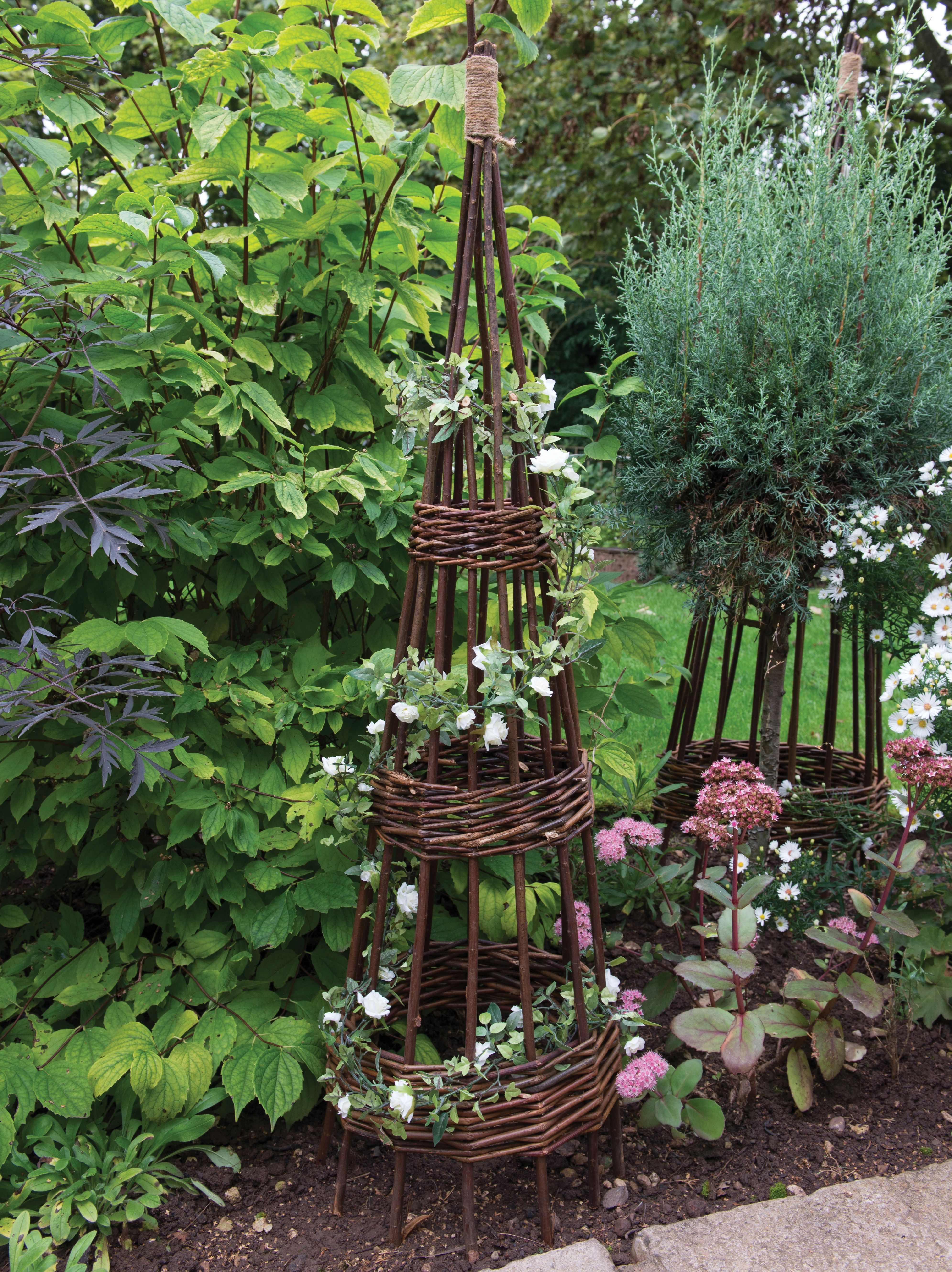 Ordinaire Forest Garden Concentric Willow Obelisk 1.2m   Pack Of 2 | Wickes.co.uk