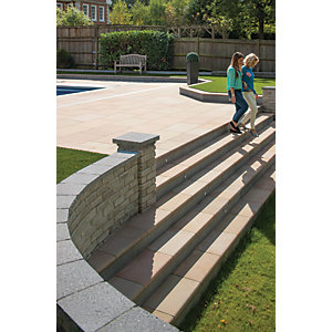 Marshalls Fairstone Sawn Versuro Smooth Golden Sand Step Paving Kit - 4.41 m2 pack