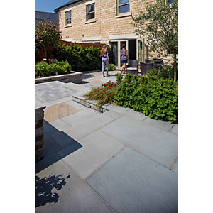 Marshalls Flamed Narias Textured Silver Birch Paving Slab Mixed Size - 13.5 m2 pack