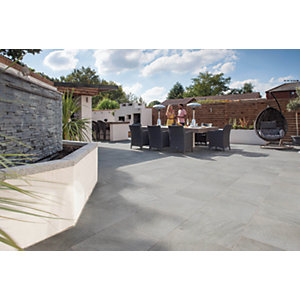 Marshalls Symphony Smooth Grey Porcelain Paving Patio Pack - 16.16 M2
