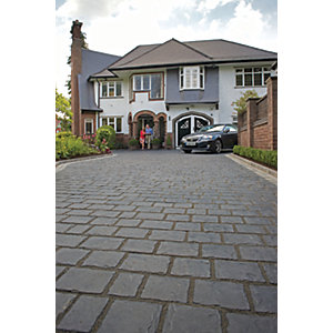 Marshalls Drivesys Split Stone Textured Basalt Driveway Block Paving Pack Mixed Size - 7.22 m2