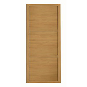 Spacepro Shaker 3 Panel Oak Frame Oak Door
