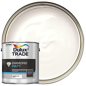 Dulux Trade Diamond Matt Emulsion Paint - Pure Brilliant White 2.5L