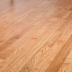 Style Clic Light Oak Solid Wood Flooring 1 62m2 Pack