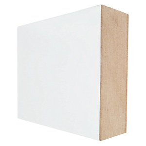 Wickes Square Edge Primed MDF Architrave - 18mm x 44mm x 2.1m Pack of 5