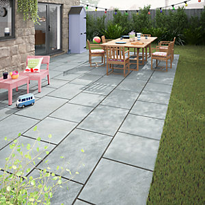 Dakota Dark Grey Matt Glazed Outdoor Porcelain Tile 900 x 600mm