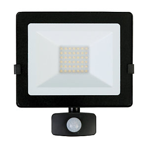 Luceco Eco Floodlight PIR IP54 Black 2400 Lumens 30W