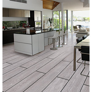 Wickes Kielder Light Grey Wood Effect Porcelain Wall & Floor Tile 900 x 150mm