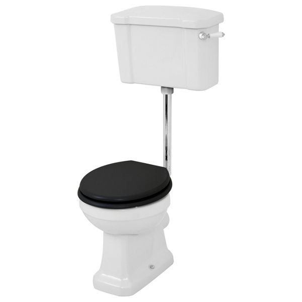 Wickes Oxford Traditional Low Level Toilet Pan, Cistern & Black Soft Close Seat