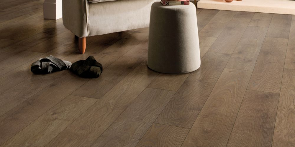 Wickes Bergen Oak Laminate Flooring - 1.48m2 Pack