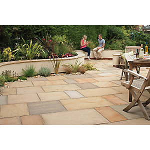 Marshalls Sawn Versuro Smooth Golden Paving Slab 275 x 560 x 22 mm - 18.5m2 pack