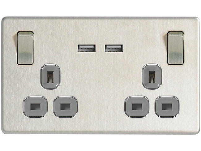 13A Twin Switched Socket With 2 X USB Ports