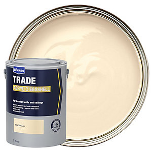 Wickes Trade Acrylic Eggshell Emulsion Paint - Magnolia 5L