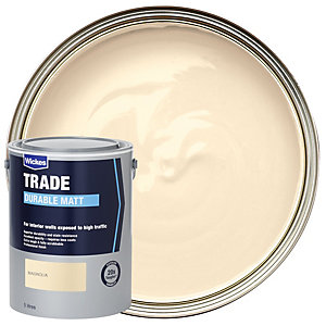 Wickes Trade Durable Matt Emulsion Paint - Magnolia 5L