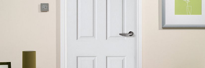 Wickes Stirling White Grained Moulded 4 Panel Internal Door - 1981mm X 762mm