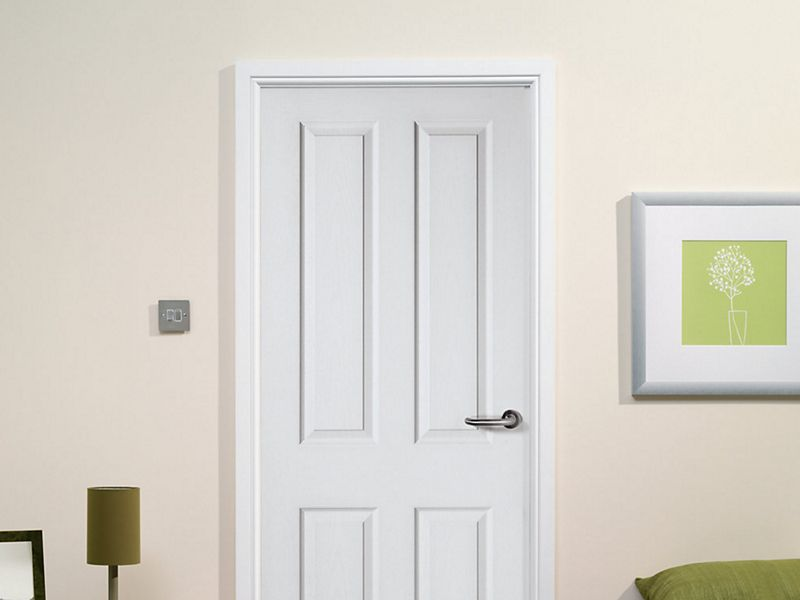Wickes Stirling White Grained Moulded Fully Finished 4 Panel Internal Door - 1981mm x 762mm
