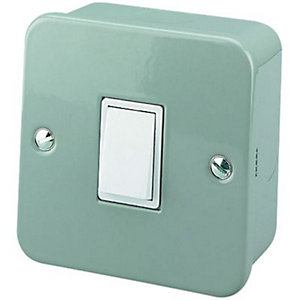 Wickes Metal Clad Switch 1 Gang 2 Way