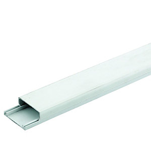 Wickes Mini Trunking - White 38 x 16mm x 2m