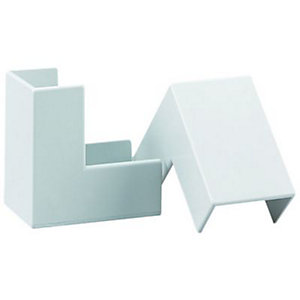 Wickes Mini Trunking Outside Angle - White 16 x 16mm Pack of 2