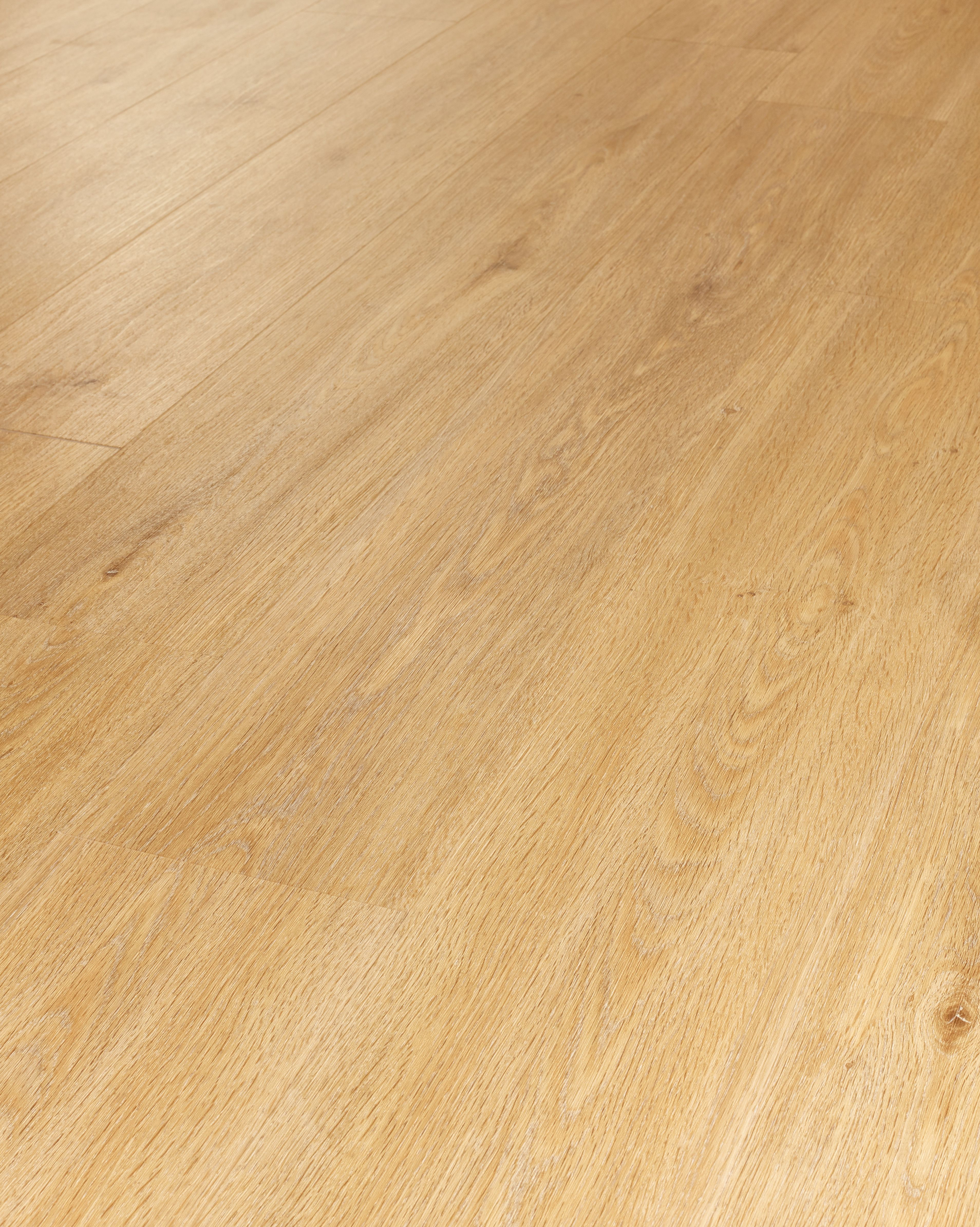 Uk Flooring Company Westco Laminate Oak