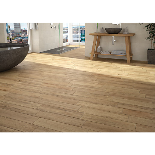 Wickes Mercia Oak Wood Effect Wall Floor Tile 600 X 150mm Wickes Co Uk