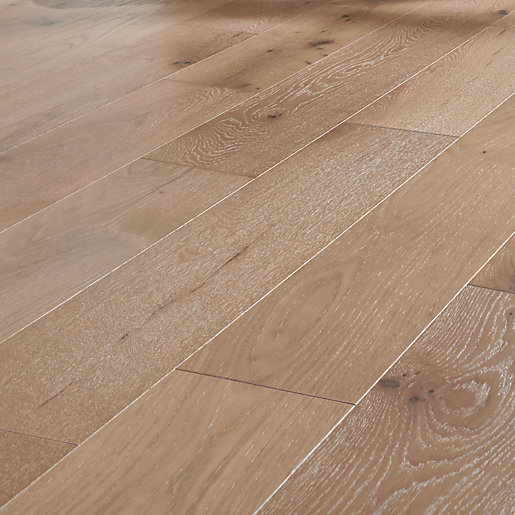 Style City Grey Oak Engineered Wood Flooring -