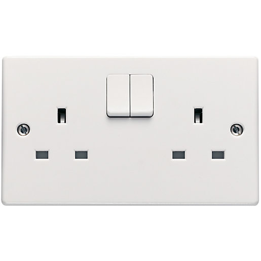 Schneider Ultimate 13A Double Pole Twin Switched Socket