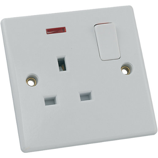 Schneider Ultimate 13A Single Switched Socket with Neon