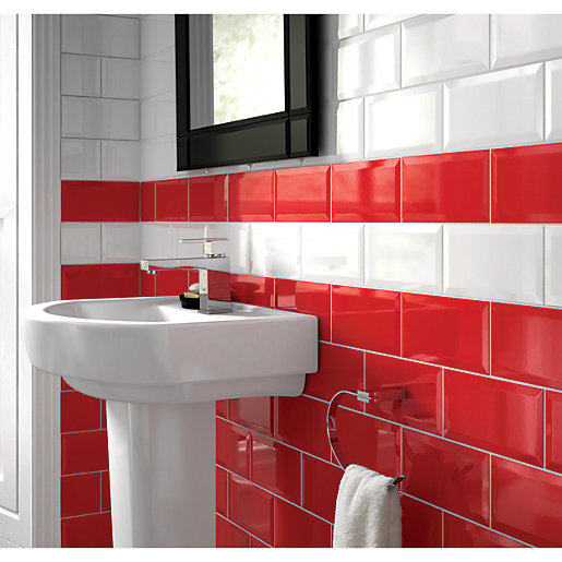 Wickes Bevelled Edge Red Gloss Ceramic Wall Tile