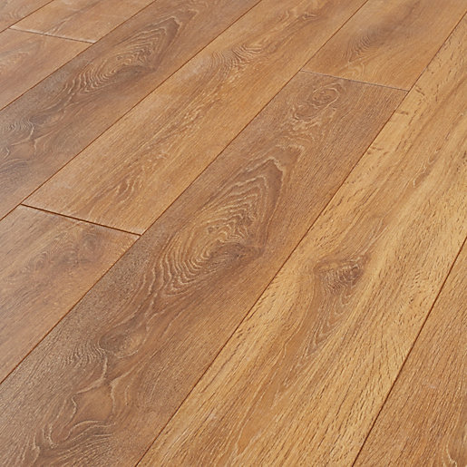 Wickes aspiran oak laminate flooring for Floating laminate floor