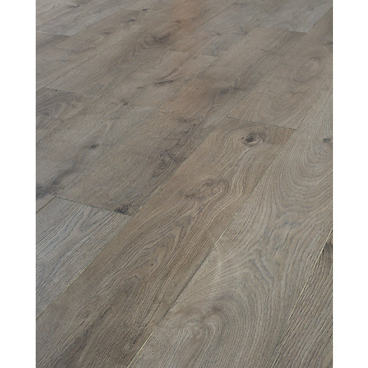Laminate flooring clearance uk gurus floor for Laminate flooring clearance