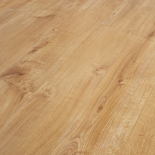 Wickes venezia oak laminate flooring for Laminate flooring retailers