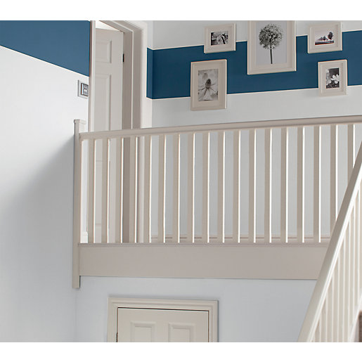 Wickes Primed Chamfered Newel 1500 x 90 x
