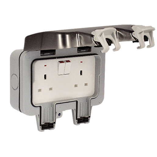 Masterplug Ip66 13a Twin Exterior Switched Socket