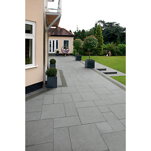 Marshalls Granite Eclipse Textured Graphite Mixed Size Paving Patio Pack    17.9 M2 | Wickes.co.uk