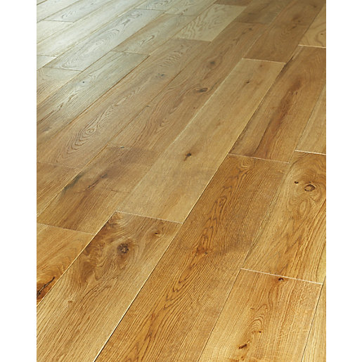 Real wood laminate flooring gurus floor for Real solid wood flooring